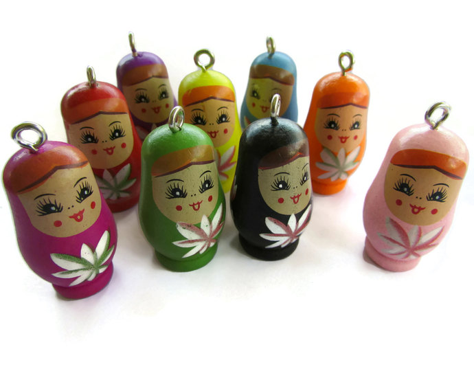 4 37mm Assorted Matryoshka Pendants Mixed Russian Nesting Doll Charms Wooden