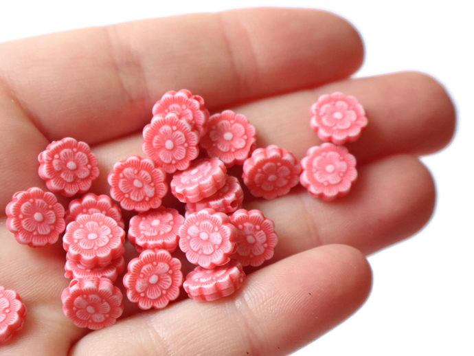 100 Red Flower Beads Plastic Beads 10mm Coin Beads Loose Beads Acrylic Beads