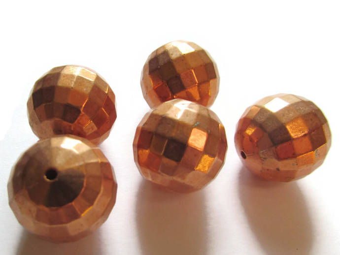 5 18mm Faceted Round Beads Vintage Red Copper Plated Plastic Bead Jewelry Making