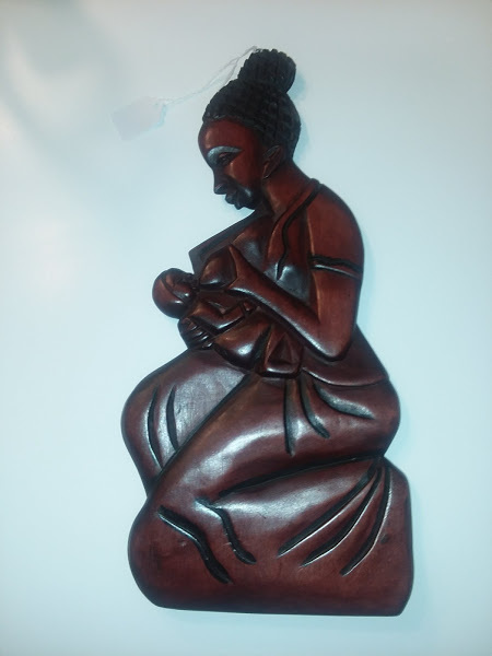 "15"" Mahogany wood carved woman"
