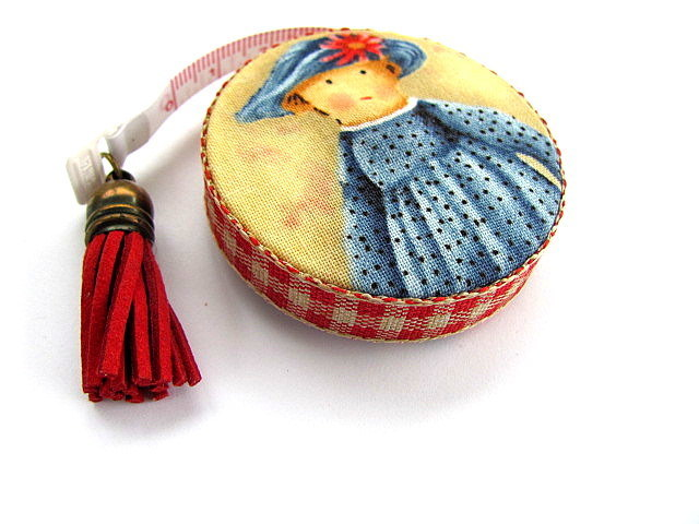 Retractable Tape Measure Primitive Dolls Measuring Tape