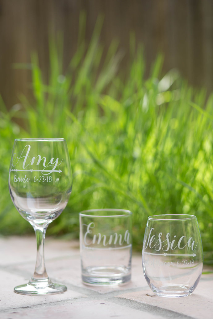 Boho Wedding Arrow Bridesmaid Glasses with Names, Title and Wedding Date, Hand