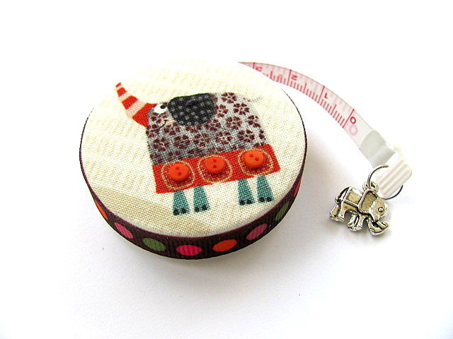 Tape Measure Elephants and a Lion Retractable Pocket Measuring Tape