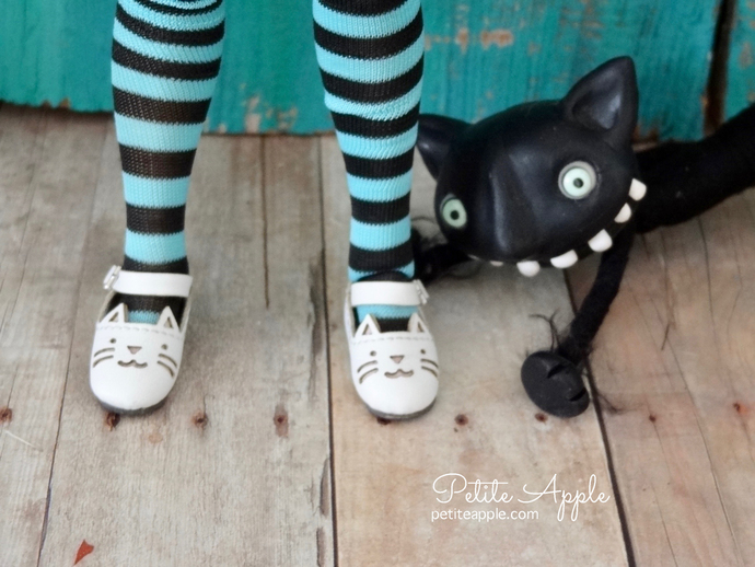 Blythe doll kitty cat shoes with ankle strap for Azone neemo body - WHITE