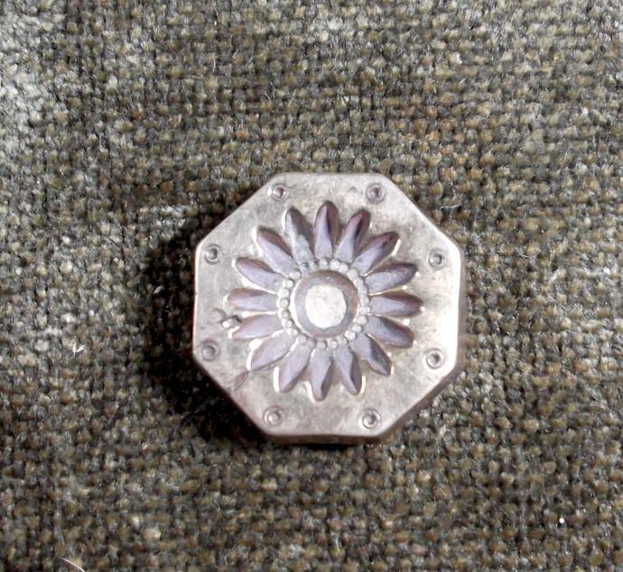 Vintage Solid Brass Mold INDIA Jewelry Stamp Die   Flower Design