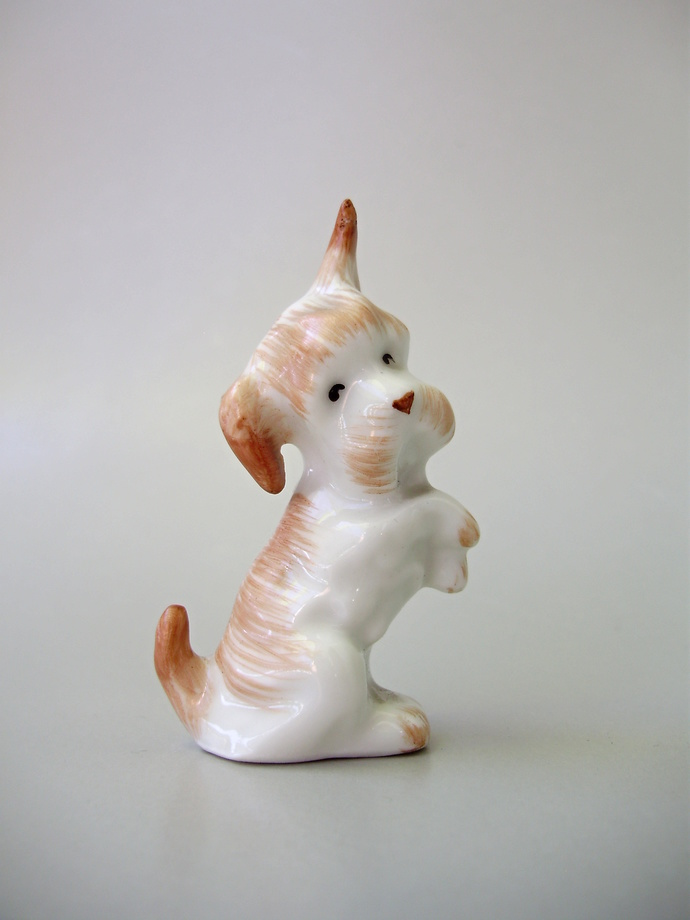 Vintage Hungarian Aquincum porcelain dog figurine,tiny puppy,