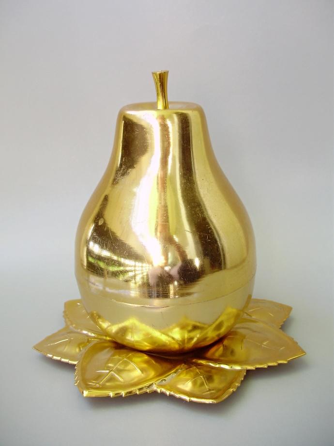 Vintage glass barware,  shooters,6 shot glasses in pear ,Mid-century barware