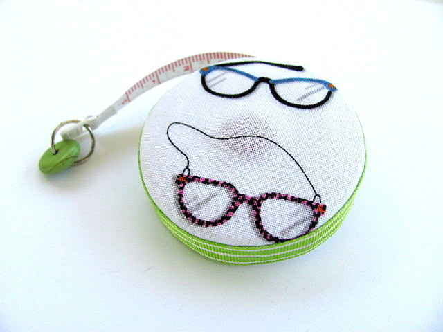 Tape Measure with Eye Glasses Retractable Measuring Tape