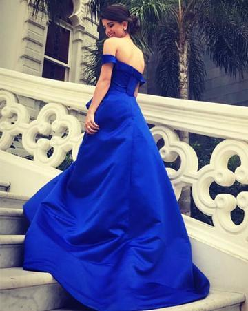 Royal Blue Long Satin V-neck Evening Gowns Off Shoulder Prom Dresses
