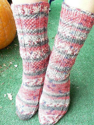 Snow Day (Knitting Sock Pattern, Unisex)