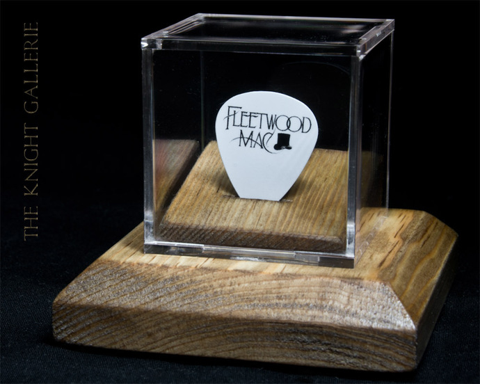 Fleetwood Mac: commemorative guitar pick and display case