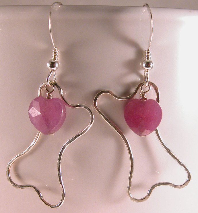 Hammered wire dogbone ruby heart earrings sterling silver - handmade, fused