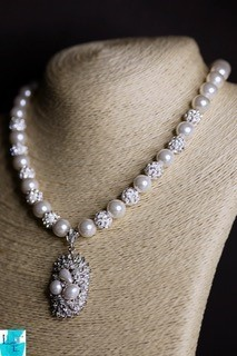 Pearly Silver Necklace and Earring Set