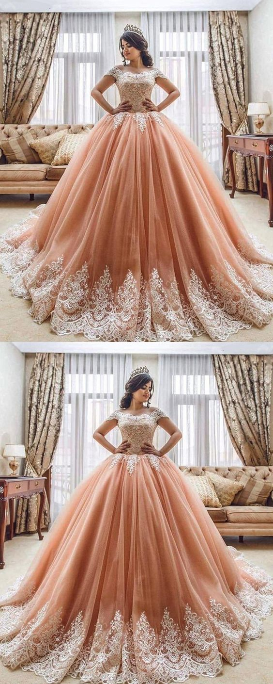 Romantic Princess Style Lace Embroidery Off The Shoulder Tulle Ball Gowns