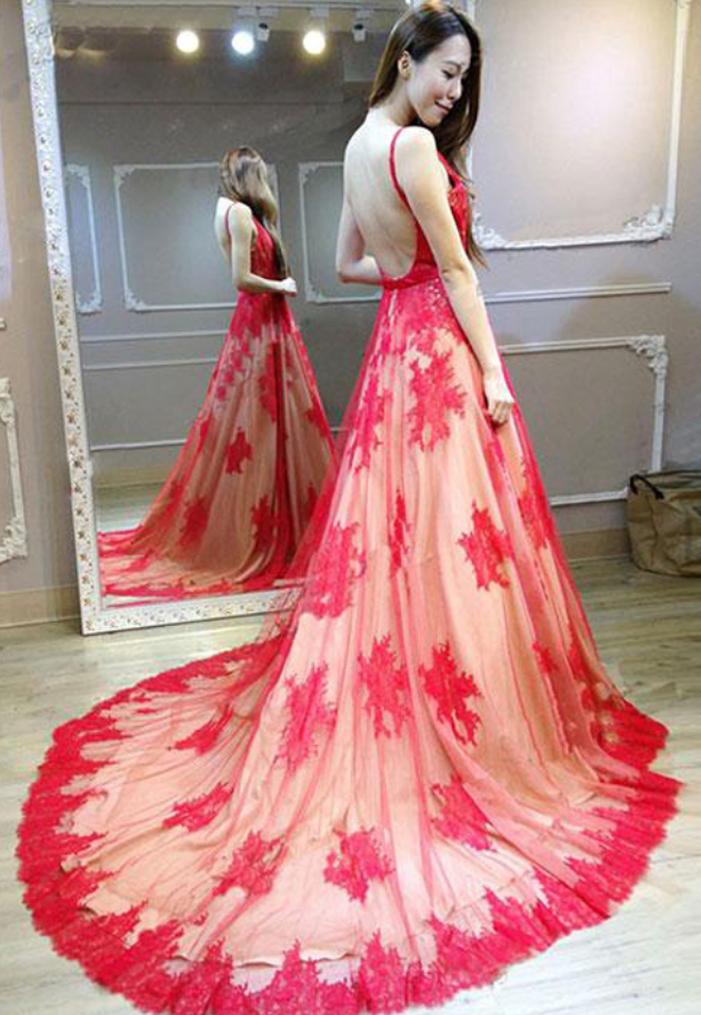 Stunning A-Line V-Neck Sleeveless Red Lace Long Prom/Evening Dress