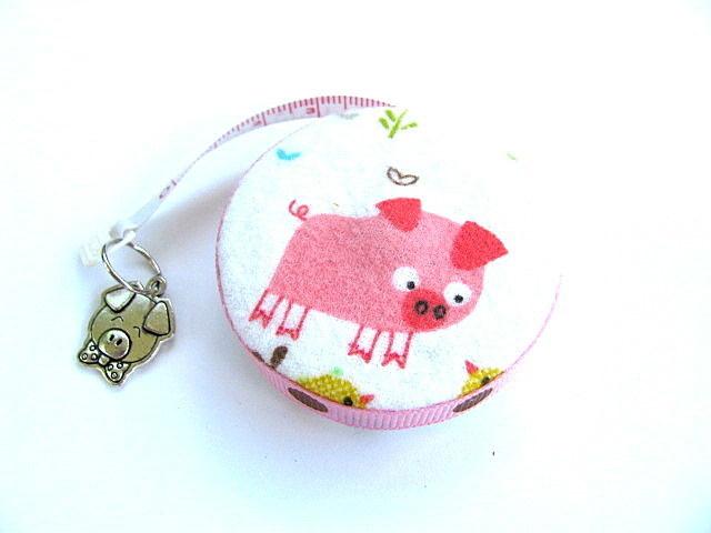Pocket Tape MeasurePink Pigs Retractable Measuring Tape