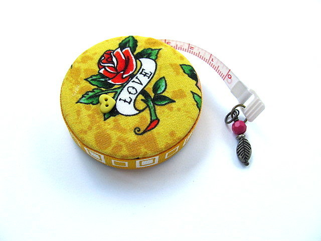 Measuring Tape Roses and Love Retractable Tape Measure