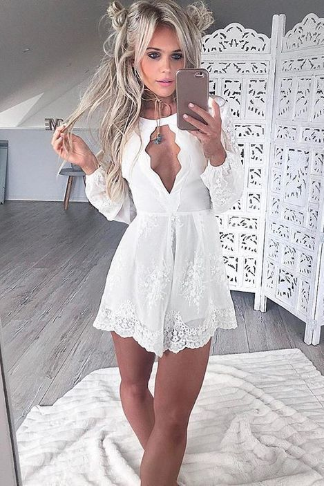 Long Sleeves Dresses,White Dresses,Keyhole Dresses,Homecoming Dresses