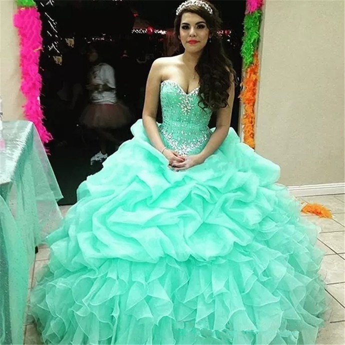 Sexy Light Blue Prom Dresses Ball Gowns Quinceanera Dress Long Tulle Beaded