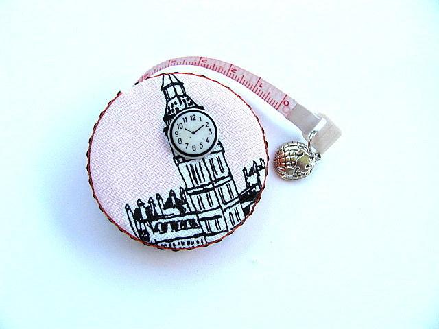 Tape Measure London England Retractable Pocket  Measuring Tape
