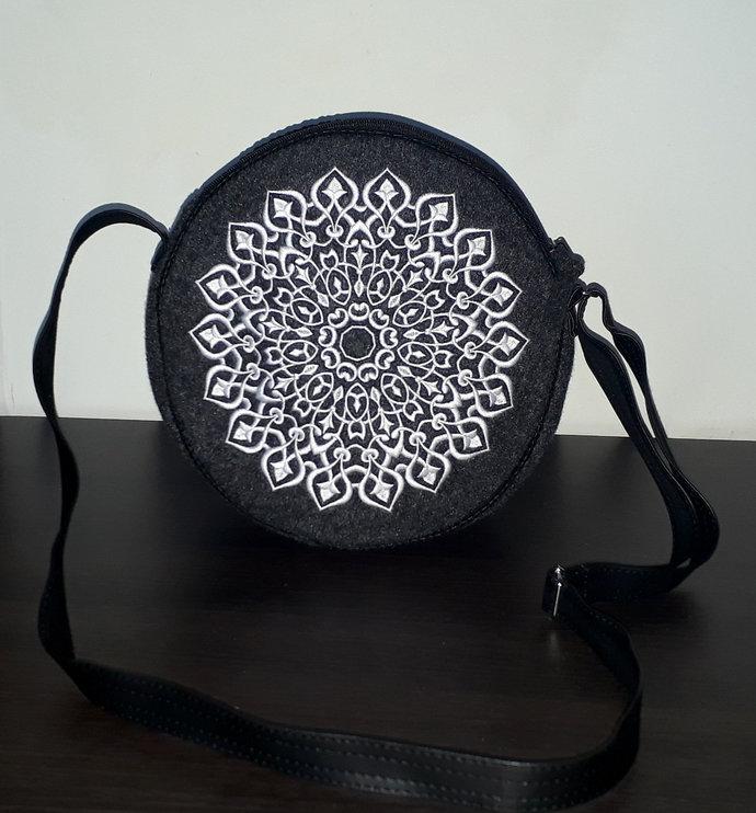 Elegant felt bag, round bag, canteen bag, circle bag, shoulder bag, crossbody