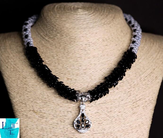 Black White Swan Kumihimo Necklace Set