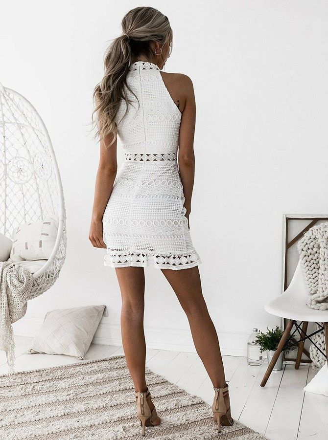 Sheath High-Neck Sleeveless Short White Lace Homecoming Dress
