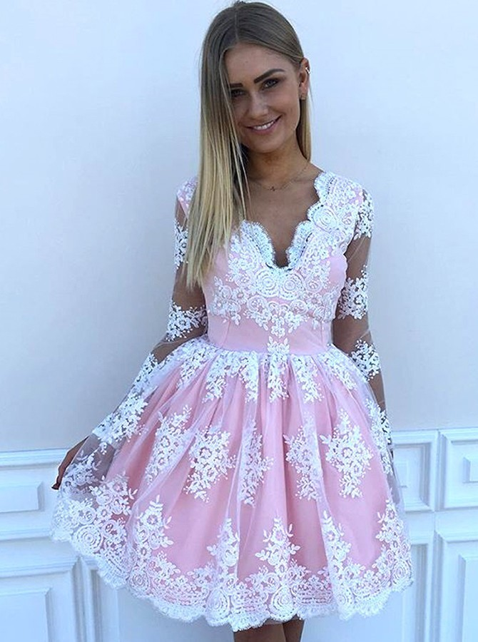 A-Line V-Neck Short Pink Tulle Homecoming Dress with Appliques