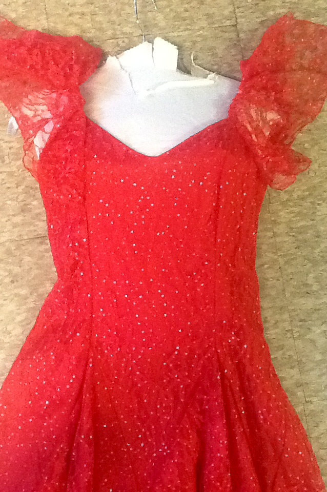 Vintage 80's layered pointed sheared strips lace party dress red with silver