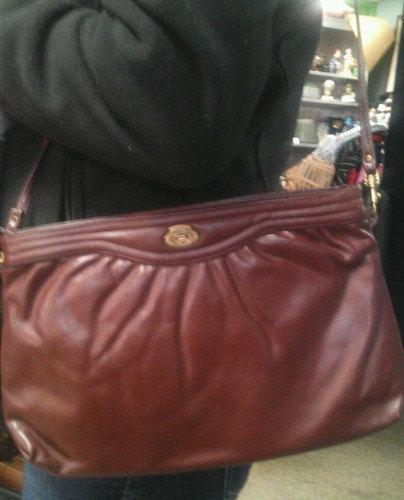 Vintage Etenne Aigner 1970's Designer Leather Preppy Cross body/ Shoulder Bag