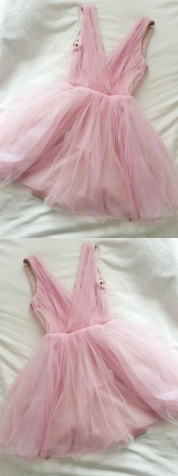Cute Homecoming Dress V Neck A line Ruffles Tulle Short Prom Dress Sexy Party
