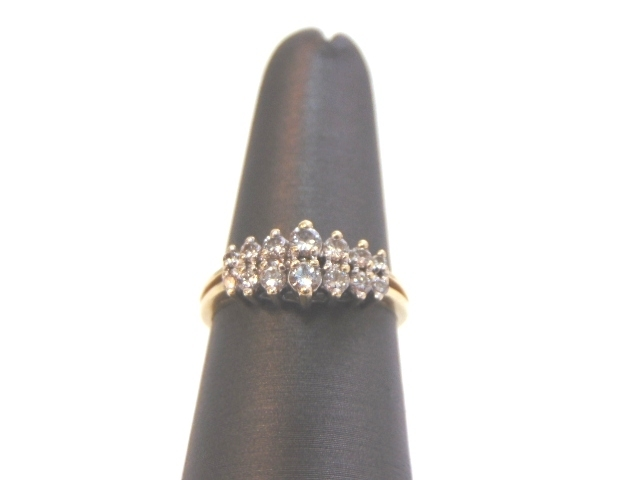 Lovely Women's Vintage Estate 14K Yellow Gold Diamond Cluster Ring 3.1g E1852