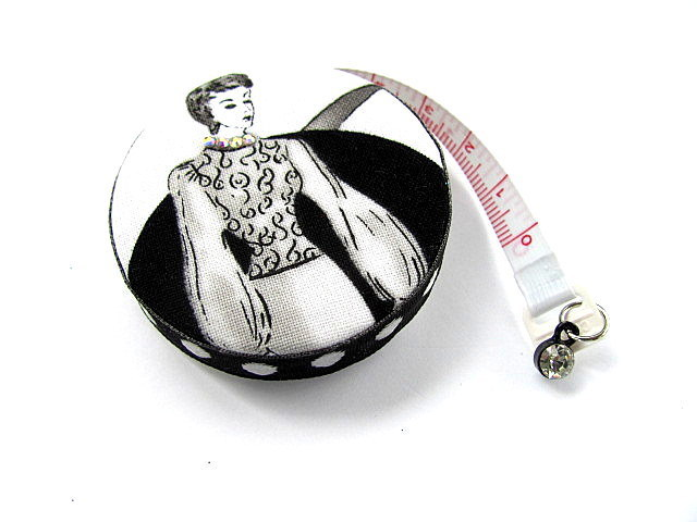 Tape Measure with Retro Ladies Retractable Measuring Tape