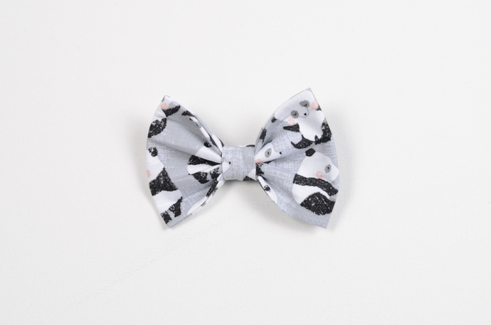 Large Cotton Bow Clip//Clip on Bow Tie - Tumbling Pandas