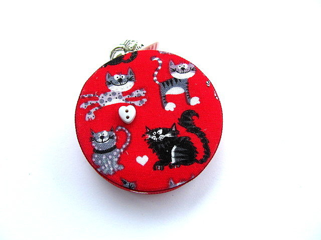 Tape Measure Cats on Red Pocket Retractable Tape Measure