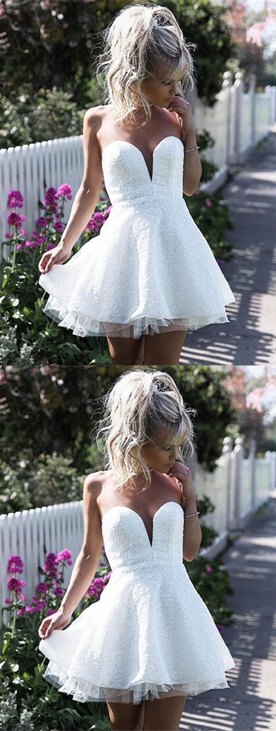 Cute White Lace Sweetheart Homecoming Dress, Short Ruffles Prom Gowns