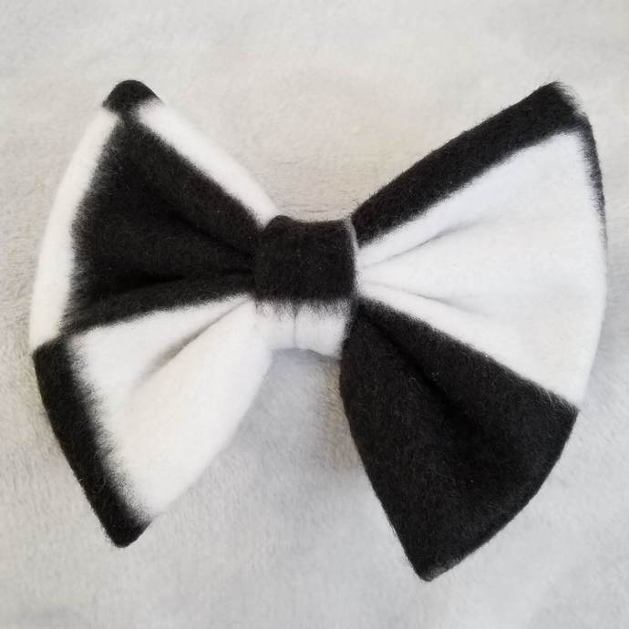 Black and White Check Bow