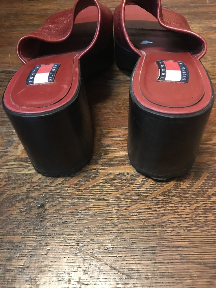 Tommy Hilfiger 90's Red Leather Slide Sz 9