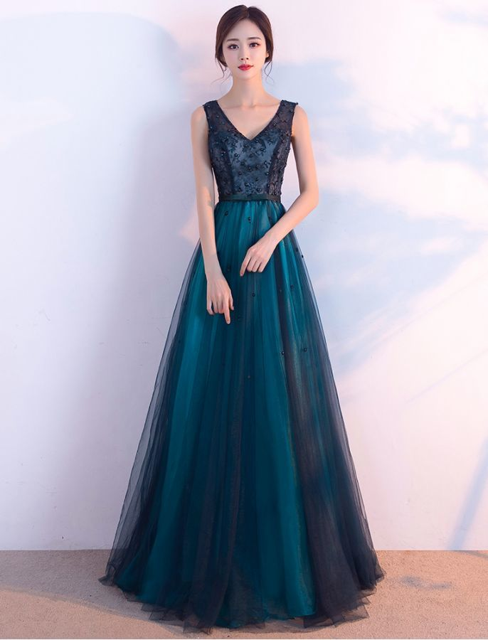 TRULY A GEM V NECK LACE EVENING DRESS
