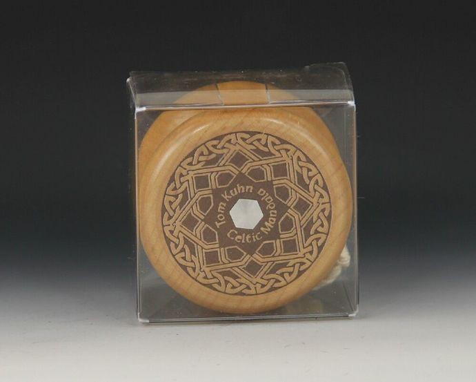 Tom Kuhn No-Jive Concave Celtic Star Mandala YoYo...all original