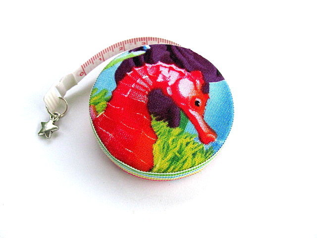 Tape Measure Rainbow Sea Horses Retractable Pocket Measuring Tape