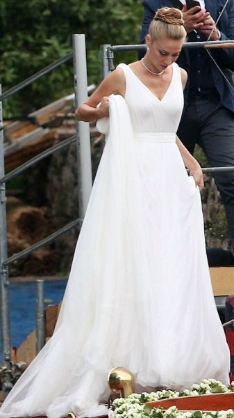 Simple Wedding Dress, V-neck White Wedding Dresses, Tulle Bridal Dress Wedding