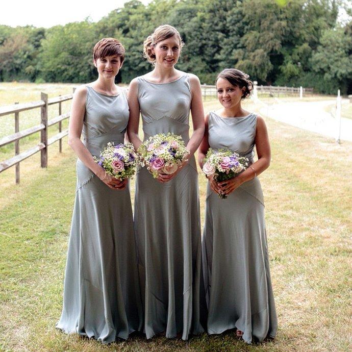 Simple Elegant Round Neck Sleeveless Column Wedding Party Long Bridesmaid Dress