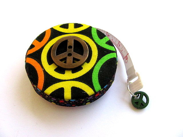 Measuring Tape Peace Symbol Retractable Pocket Tape Measure