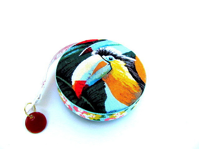 Measuring Tape Parrot and Macaw Retractable Tape Measure
