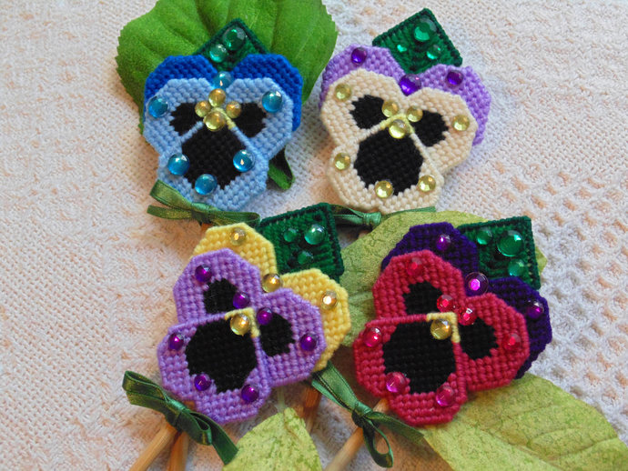 Pansy Plant Pokes, Pansy Flower Art, Spring Pansies, Flower Art, Needlepoint