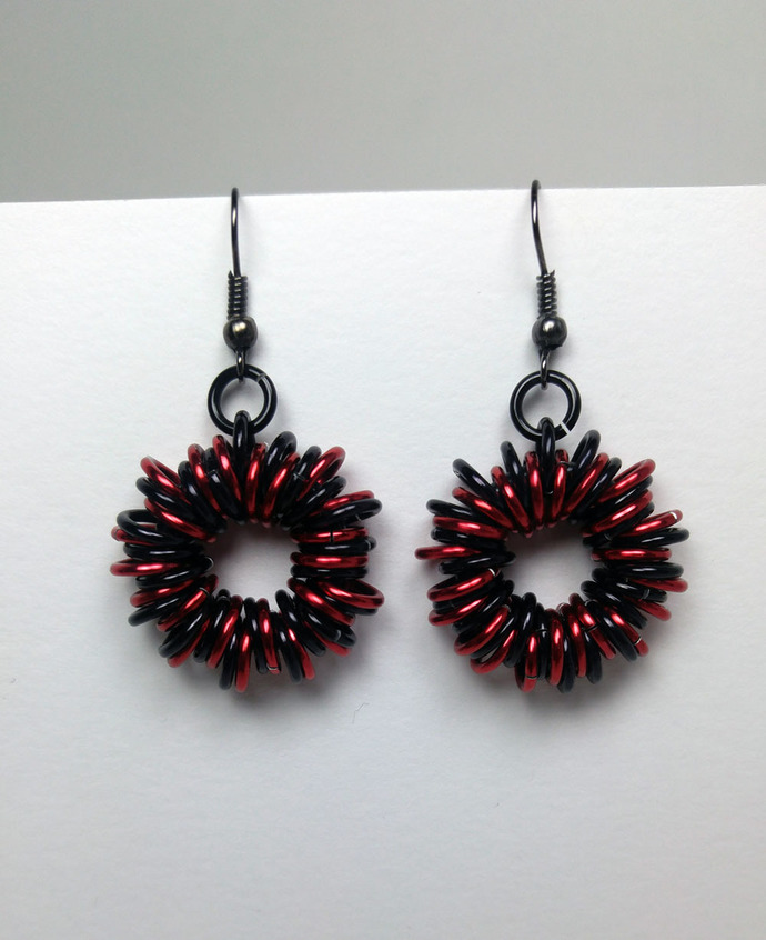 chainmaille earrings, circle earrings, chainmail earrings, maille earrings