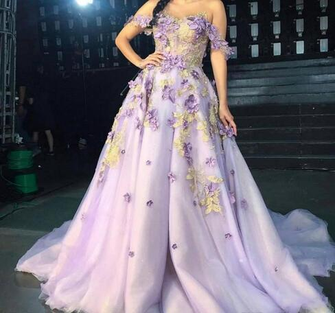 Princess Lilac Prom Dresses Long Off The Shoulder Petal Power Appliques Tulle
