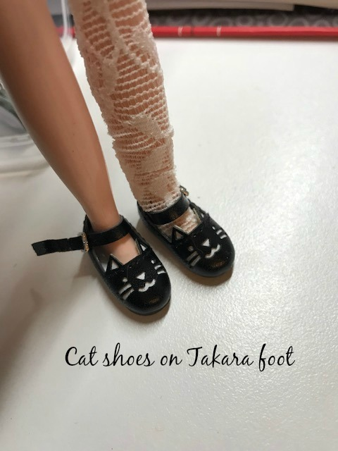 OOAK painted Tuxedo cat shoes with ankle strap for Blythe doll Azone neemo body