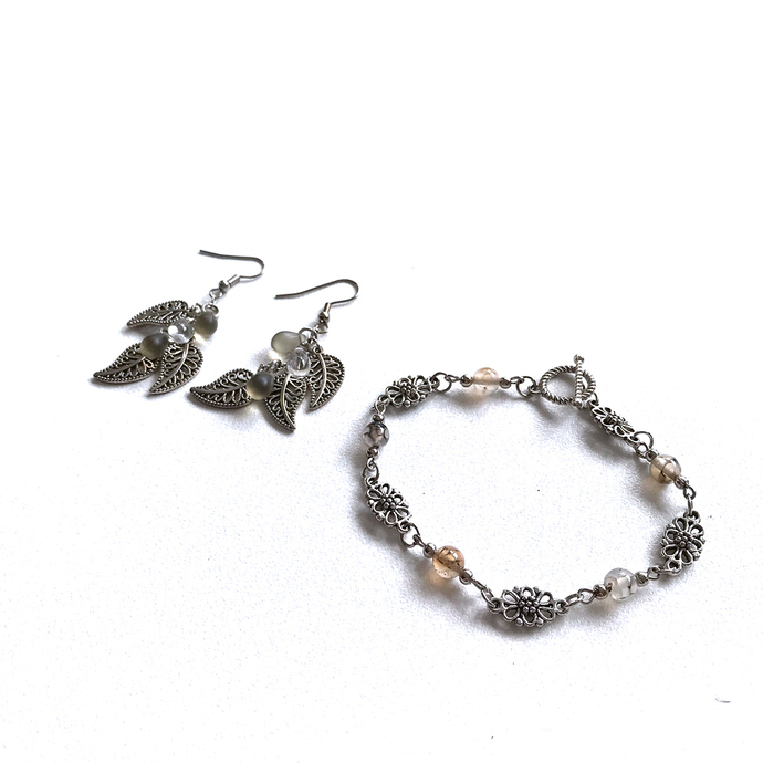 Silver Smoke Leaves Flowers Jewellery Set Bracelet Earrings Dragon's blood Czech